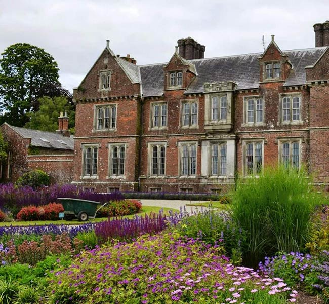 local attractions wells house