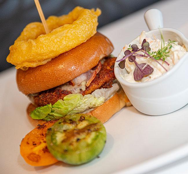riverside-park-hotel-burger