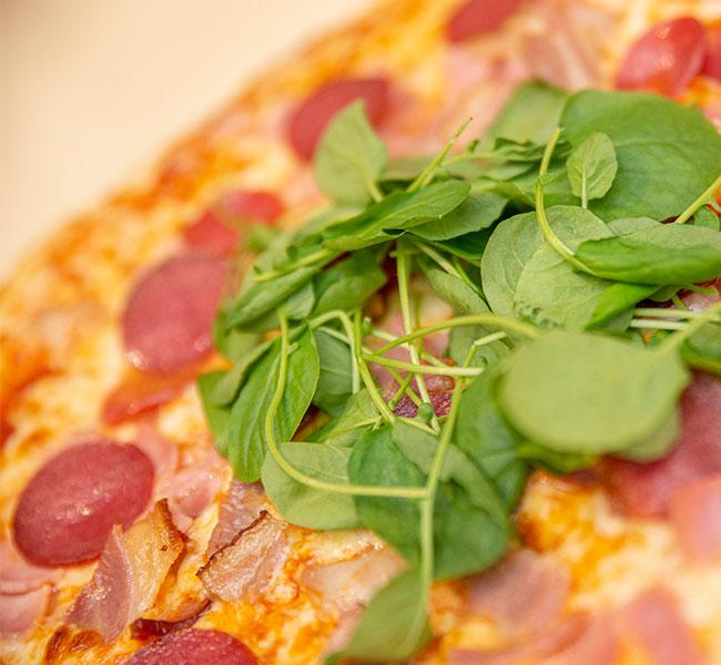 riverside-park-hotel-pizza